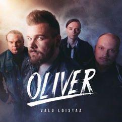Oliver: Valo loistaa