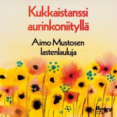 Various Artists: Kukkaistanssi aurinkoniityllä
