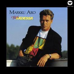 Markku Aro: Käsi kädessä