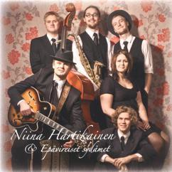 Niina Hartikainen & Epävireiset sydämet: Valoa ikkunassa