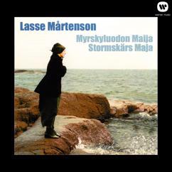 Lasse Mårtenson: Kuolleen miehen saari