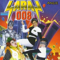 Angie: Saras 008