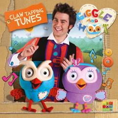 Giggle and Hoot: Claw Tapping Tunes