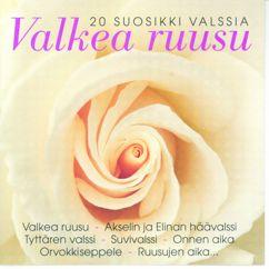 Various Artists: Valkea Ruusu 20 Suosikkivalssia