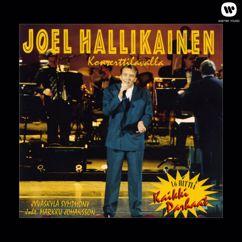 Joel Hallikainen: Konserttilavalla